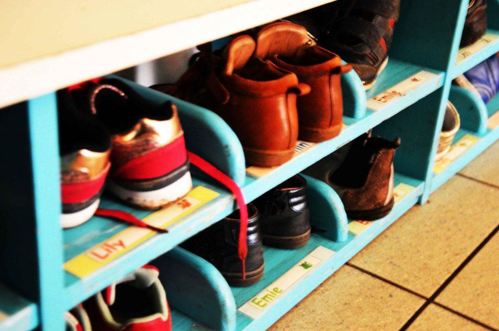 Casier pour les chaussures des enfants
